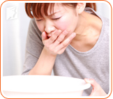 Woman with nausea: experience digestive problems for prolonged periods can be dangerous